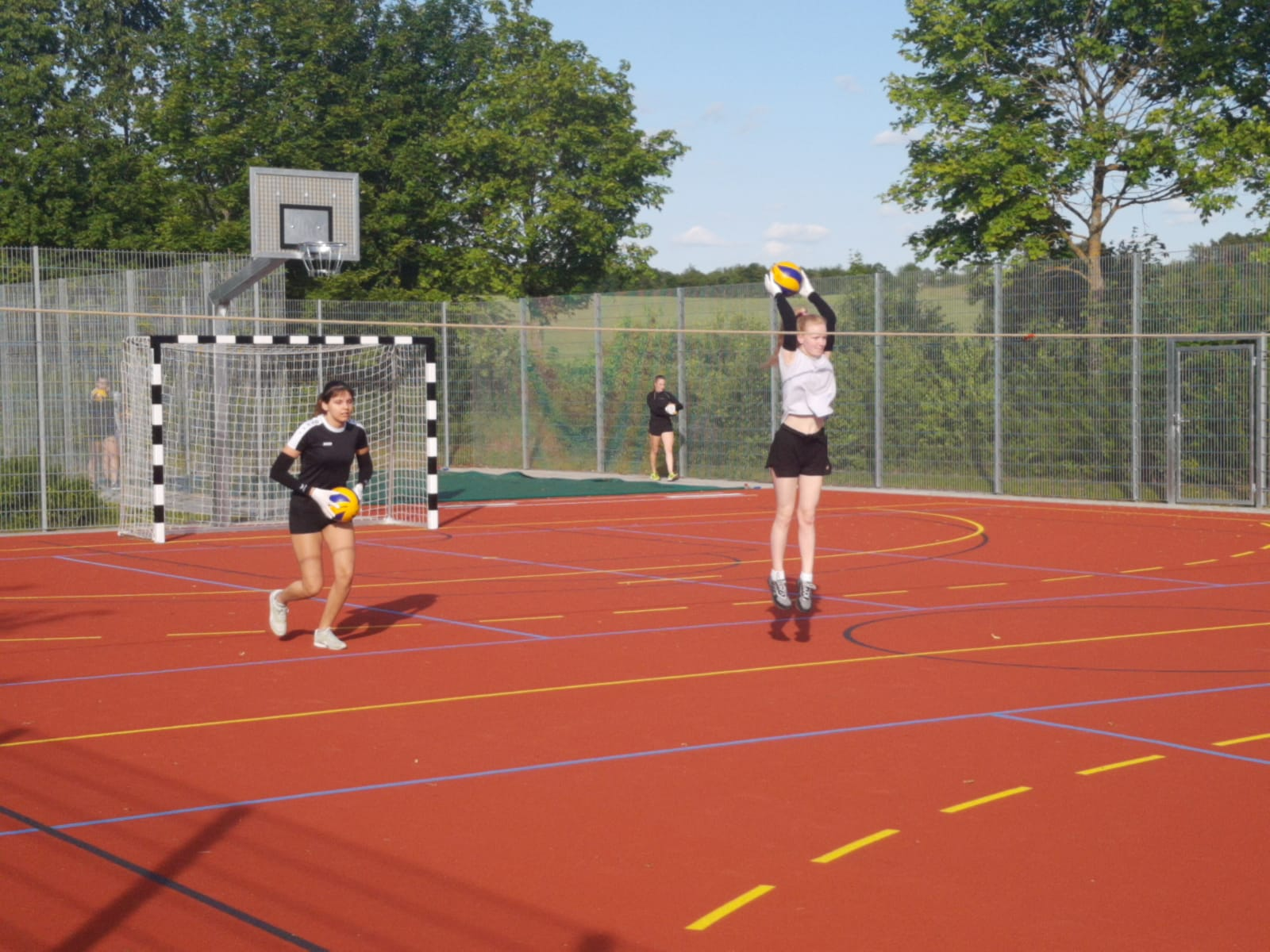 20200605_Volleyballdamen_Trainingsbeginn07